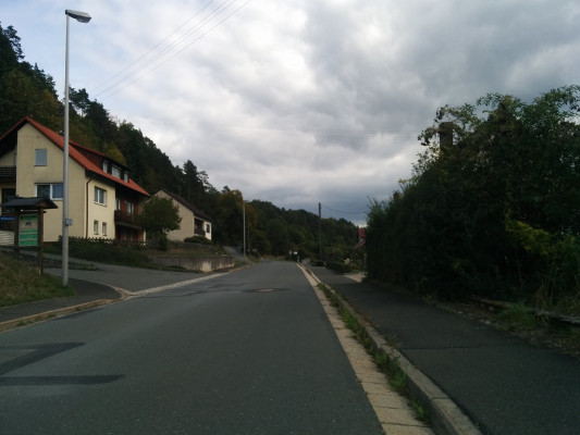 Flach am Ausgang Waischenfeld