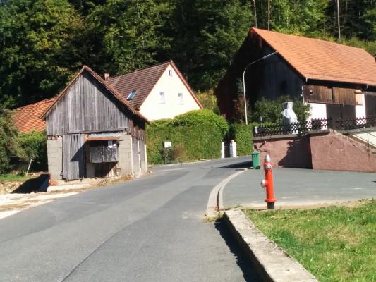 Am Ende von Schlehenmühle links halten ! Wichtig !